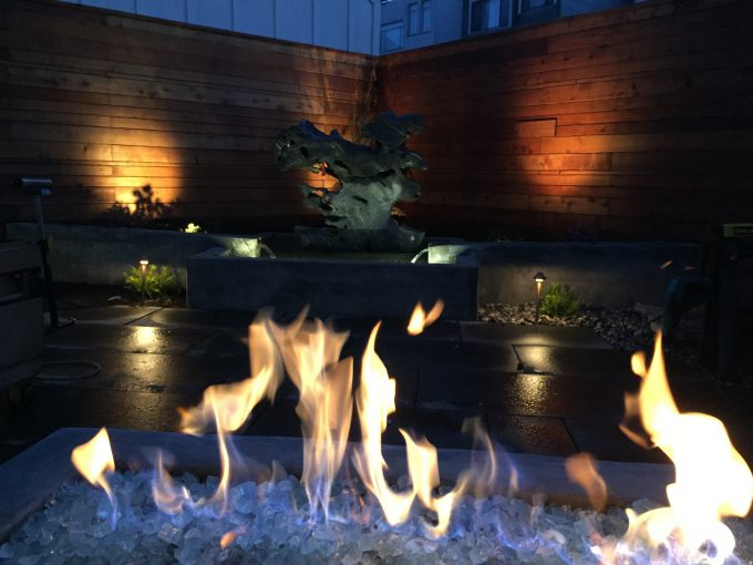 custom-fire-pit-with-focal-point